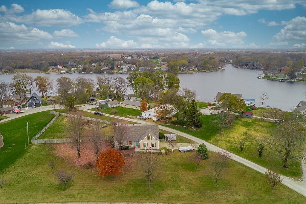 Gardner Lake Real Estate Listings Main Image