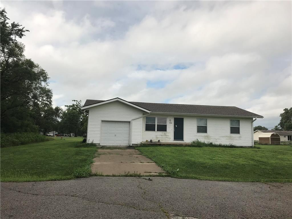 1102 Pacific Street Property Photo - Elwood, KS real estate listing