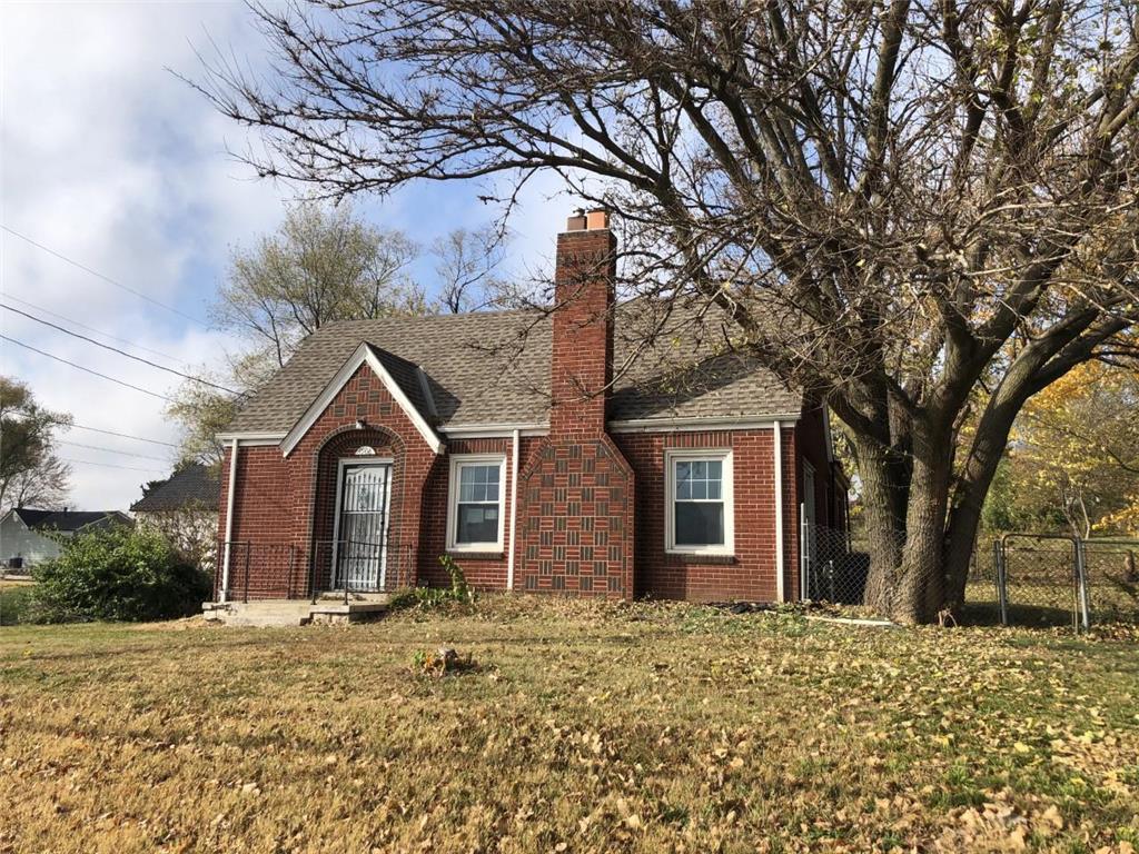 4908 Antioch Road Property Photo - Merriam, KS real estate listing