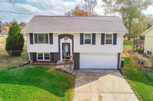8211 ELLA Avenue Property Photo - Kansas City, KS real estate listing