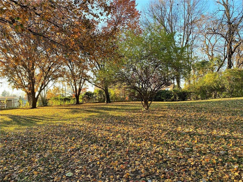 61/62B Emerald Shore Lane Property Photo - Lake Tapawingo, MO real estate listing