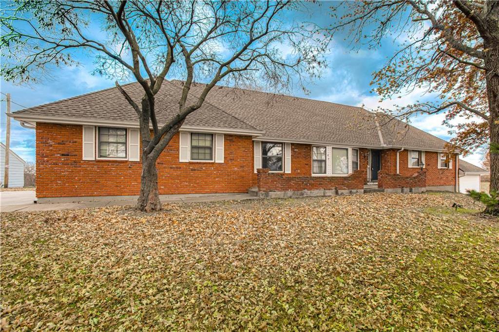 4300 NE 92nd Street Property Photo - Kansas City, MO real estate listing