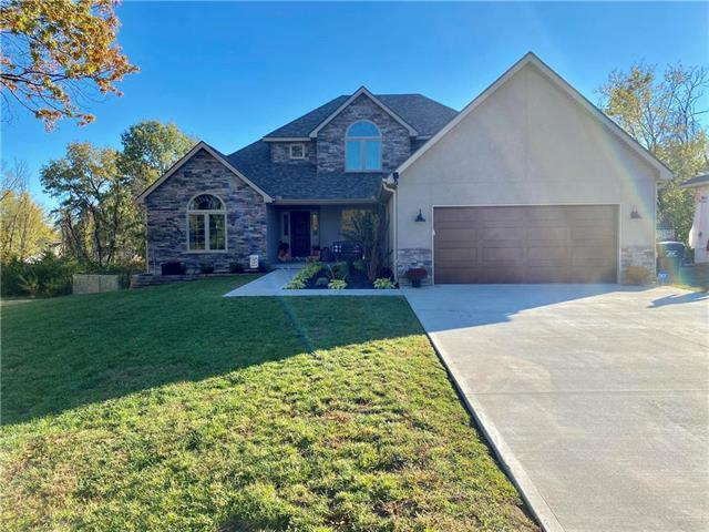 8 SE 230th Road Property Photo - Warrensburg, MO real estate listing