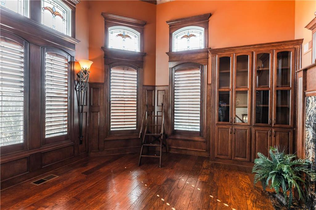 22750 W 183rd Street Property Photo 7