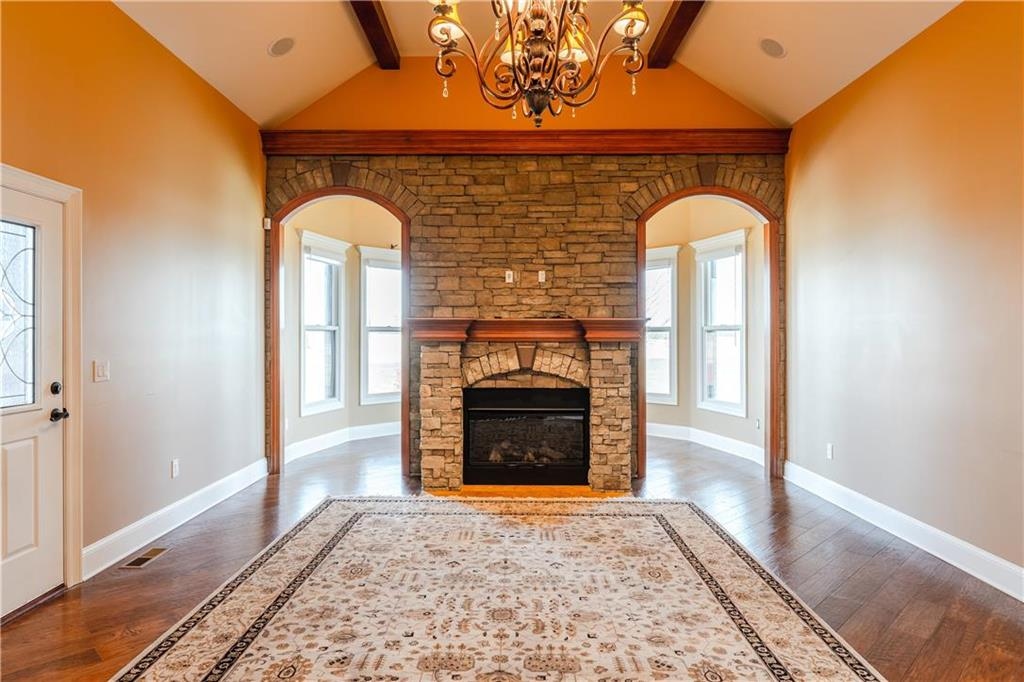 22750 W 183rd Street Property Photo 16