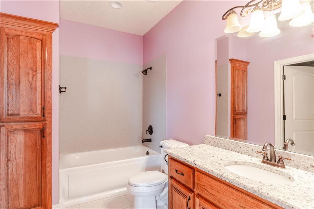 22750 W 183rd Street Property Photo 33