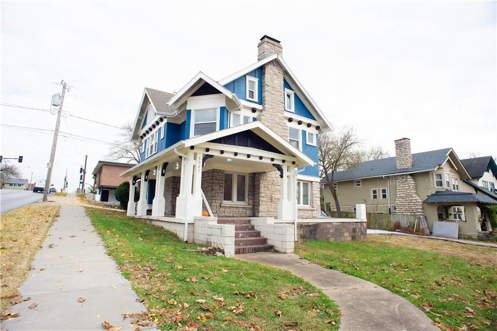 3901 Manheim Road Property Photo - Kansas City, MO real estate listing