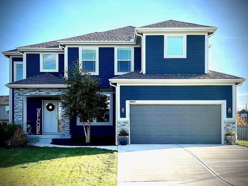 19017 W 167th Terrace Property Photo - Olathe, KS real estate listing
