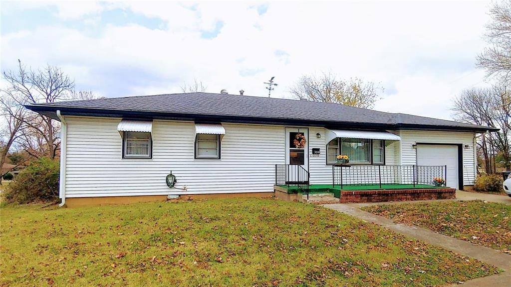 301 E Martin Street Property Photo - El Dorado Springs, MO real estate listing