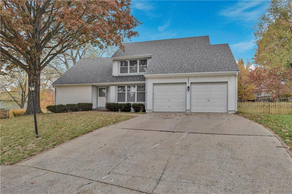 12822 W 117th Street Property Photo - Overland Park, KS real estate listing
