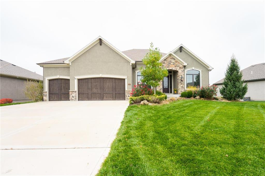 10558 W 168TH Terrace Property Photo - Overland Park, KS real estate listing
