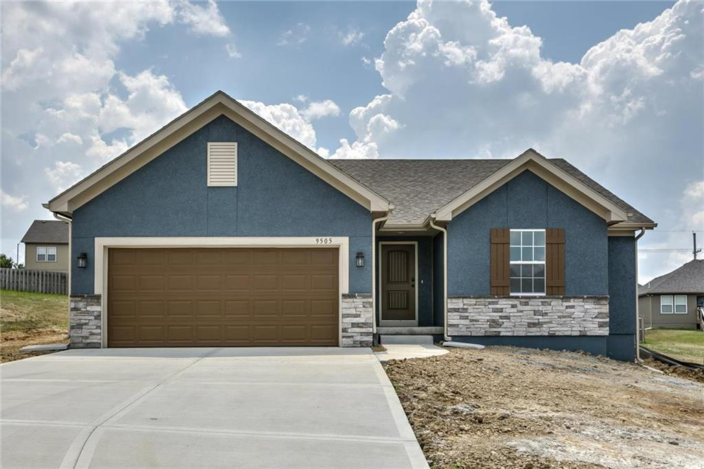 3732 NW Old Stagecoach Road Property Photo - Kansas City, MO real estate listing