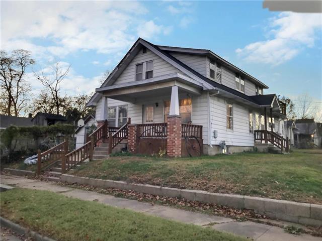 701 W Walnut Street Property Photo