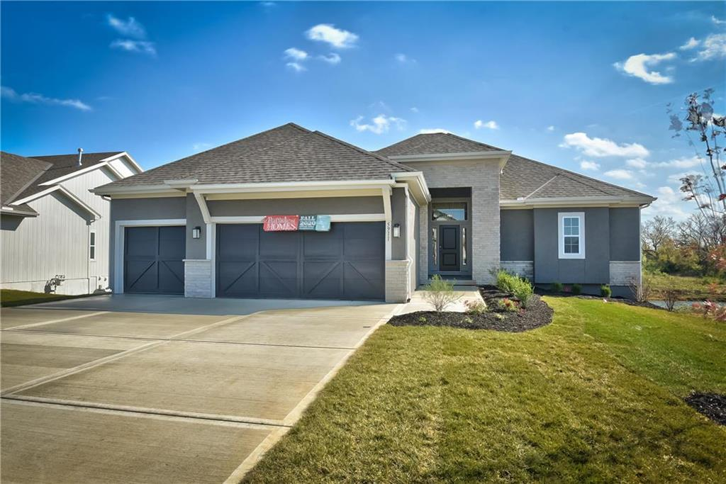 5911 Belmont Drive Property Photo - Shawnee, KS real estate listing