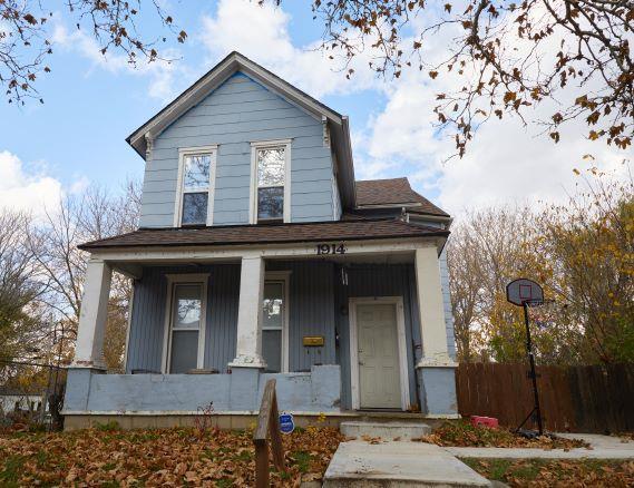 1914 E Missouri Avenue Property Photo - Kansas City, MO real estate listing