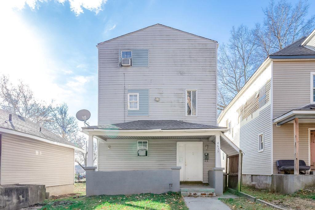 4639 E 8th Street Property Photo - Kansas City, MO real estate listing
