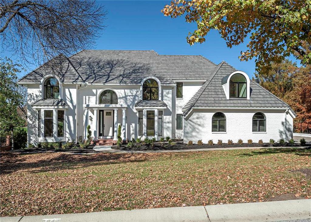 2944 W 118th Terrace Property Photo 1