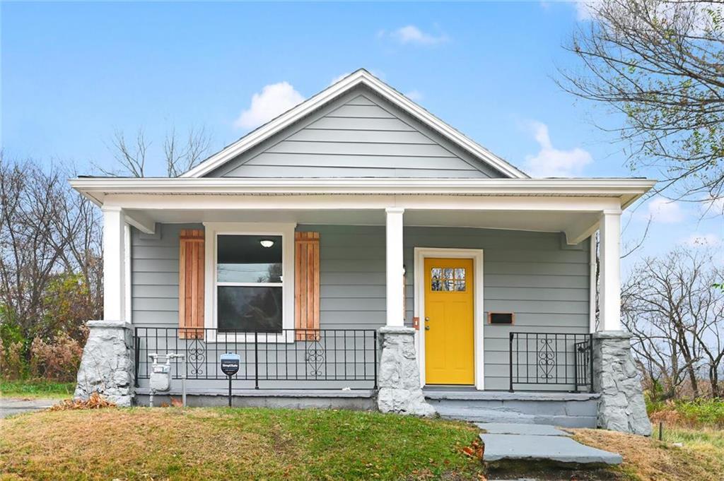 623 Garfield Avenue Property Photo - Kansas City, KS real estate listing