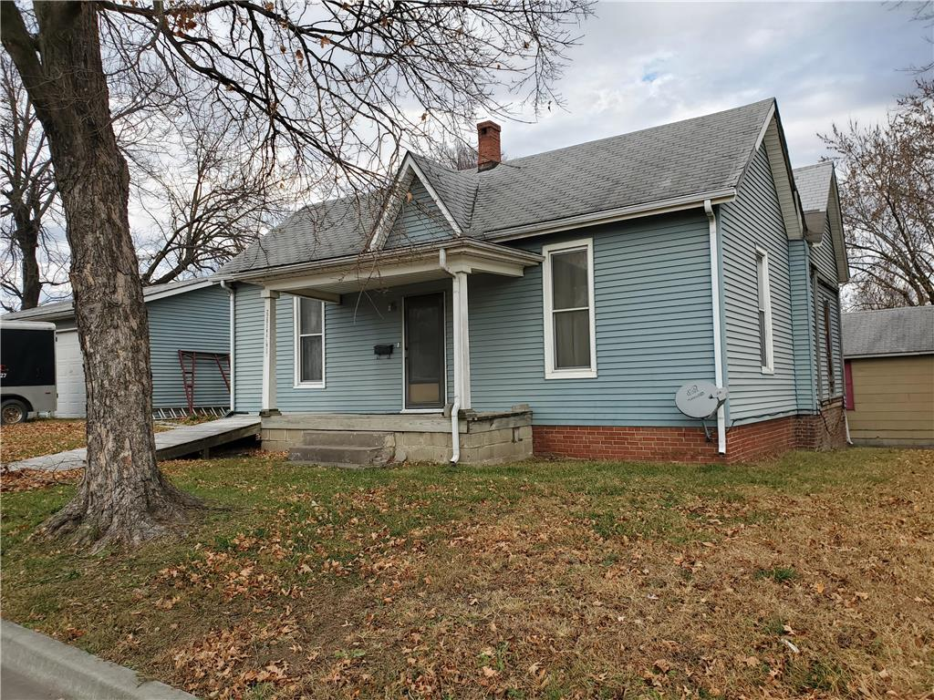 2203 Walnut Street Property Photo - Higginsville, MO real estate listing