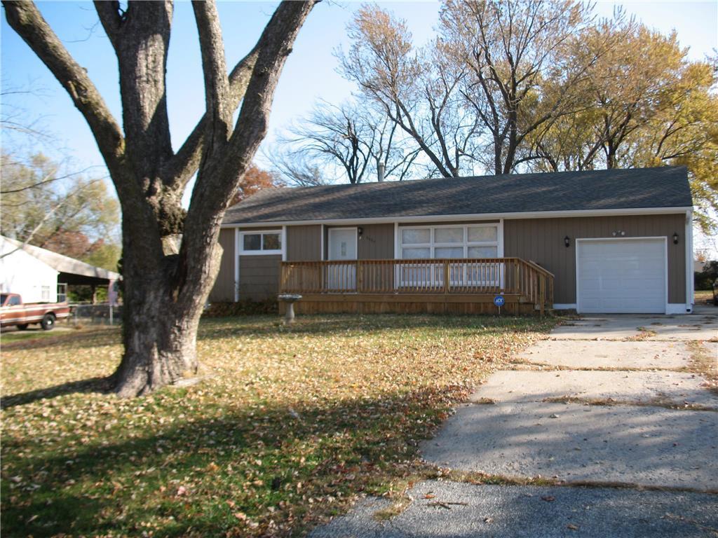 3007 Ashland Ridge Road Property Photo - Kansas City, MO real estate listing