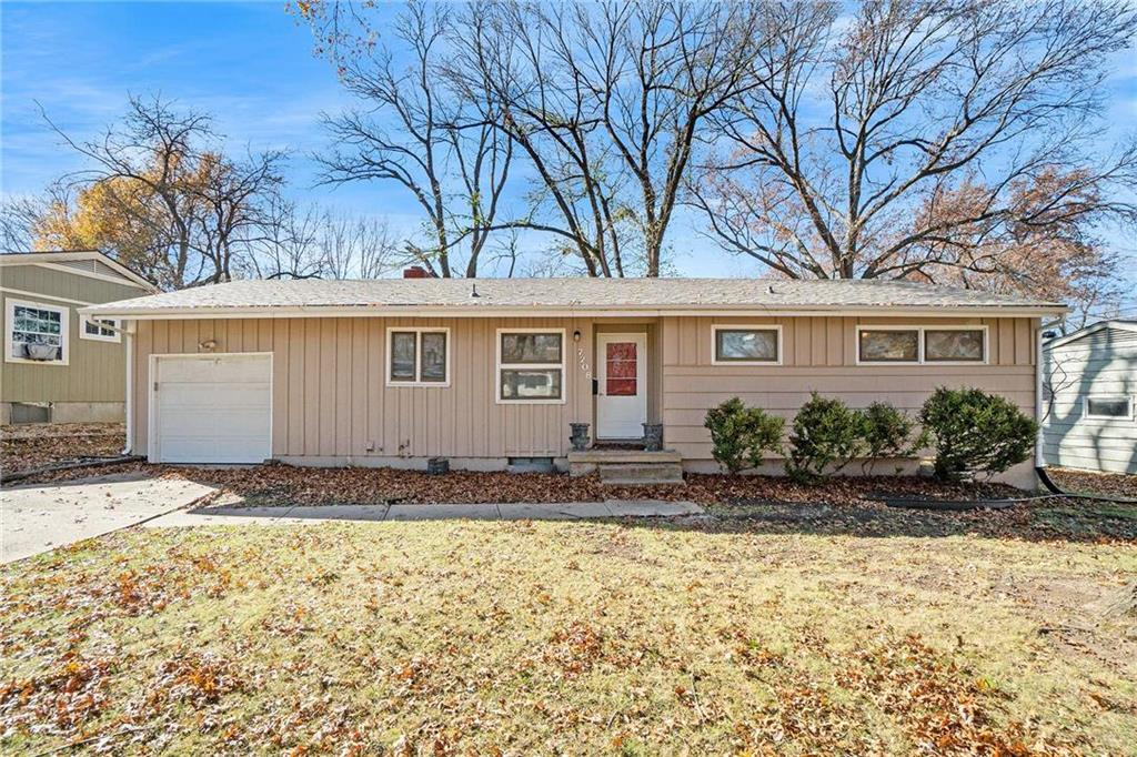 7208 Lowell Drive Property Photo - Overland Park, KS real estate listing