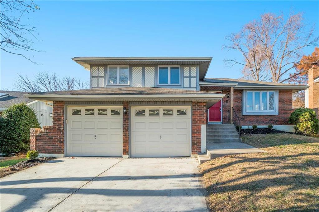 1702 E 60th Street Property Photo - Kansas City, MO real estate listing