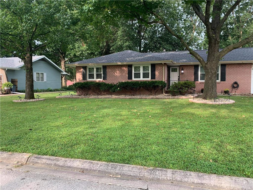 203 Michael Drive Property Photo - Clinton, MO real estate listing