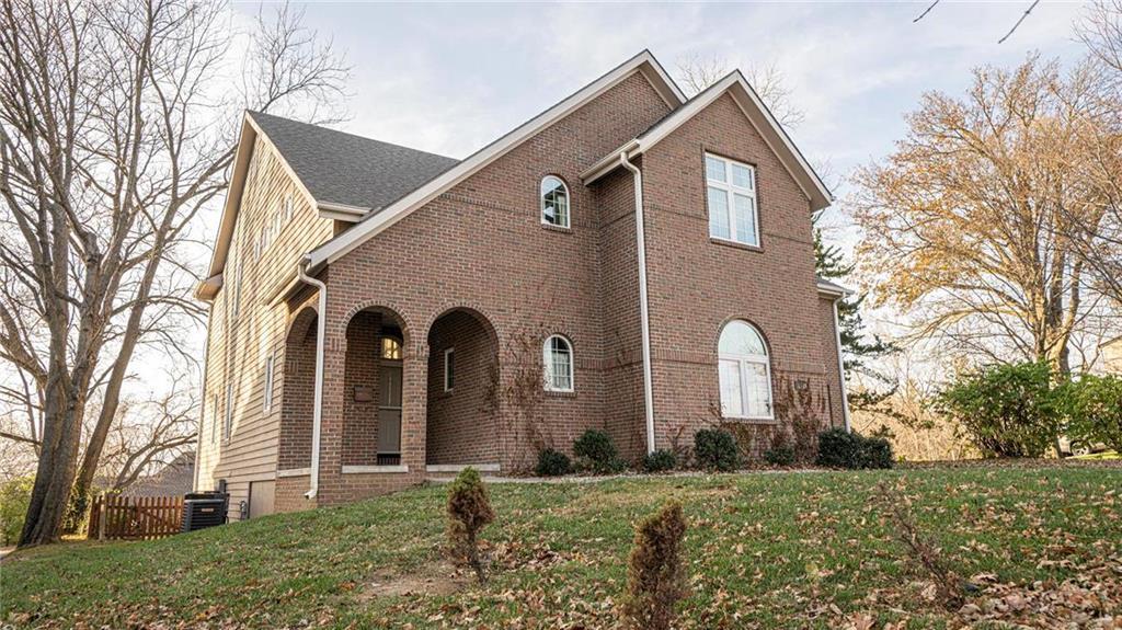2126 Ashland Avenue Property Photo