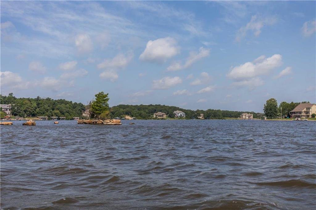 103 Teton Ridge N/A Property Photo - Lake Winnebago, MO real estate listing