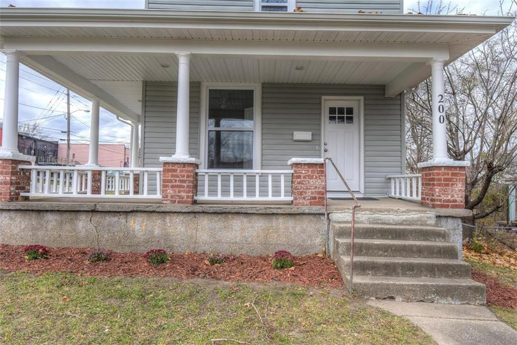 200 N 16 Street Property Photo - Kansas City, KS real estate listing
