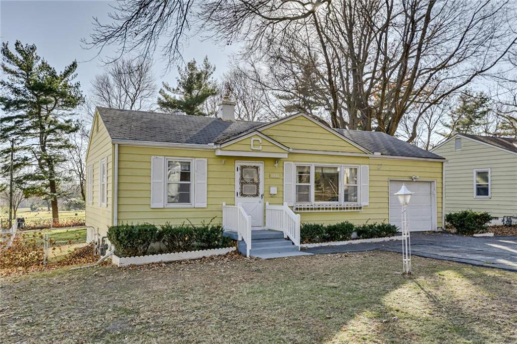 8921 E 75th Street Property Photo - Raytown, MO real estate listing