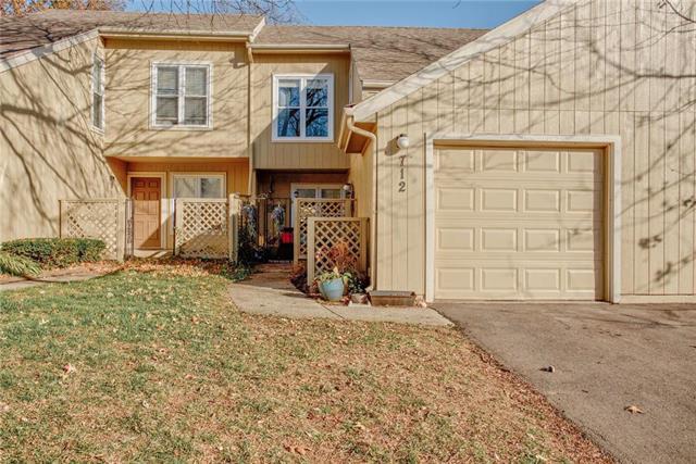 712 E 122nd Street Property Photo - Kansas City, MO real estate listing