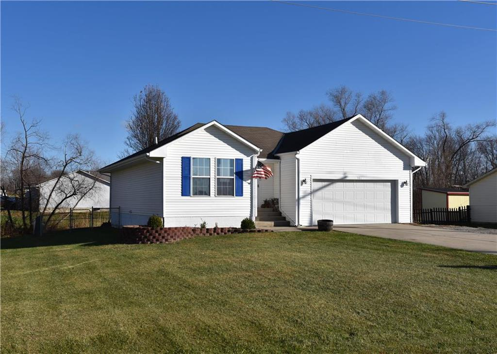 906 Short Street Property Photo - Lathrop, MO real estate listing