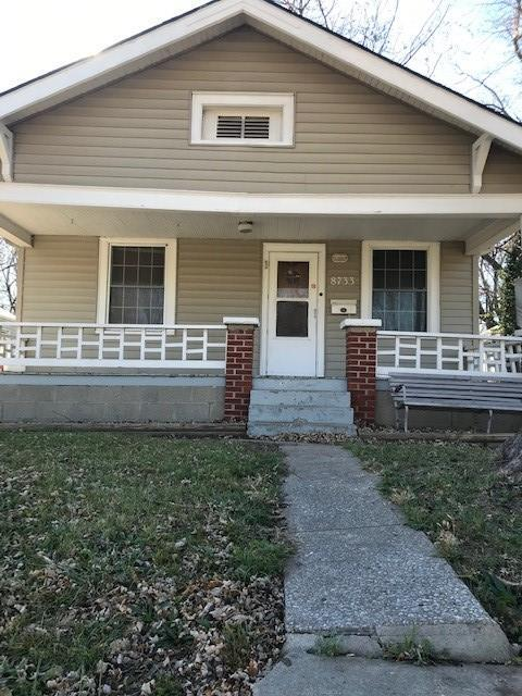 8733 E Thompson Avenue Property Photo - Independence, MO real estate listing