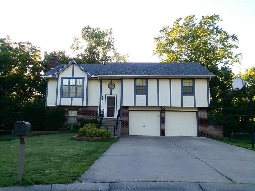 1314 Cheatham Court Property Photo - Warrensburg, MO real estate listing