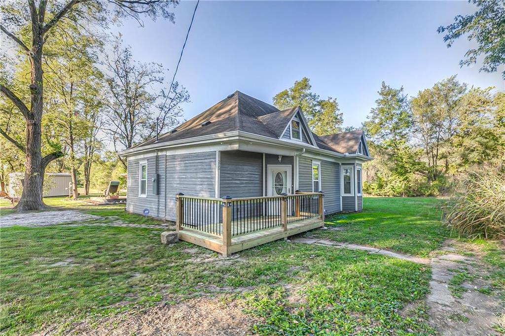 215 Broad Street Property Photo - Easton, KS real estate listing