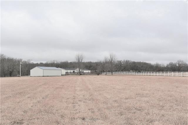 358 NW W Highway Property Photo - Kingsville, MO real estate listing