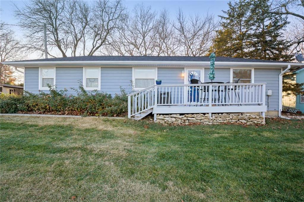 16088 S Gardner Place Property Photo - Gardner, KS real estate listing
