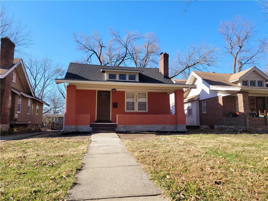 5438 Woodland Avenue Property Photo - Kansas City, MO real estate listing