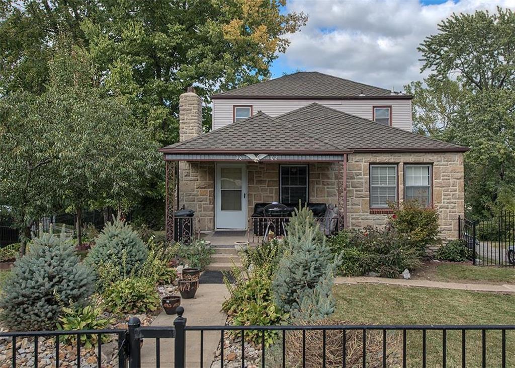 3602 E 70th Street Property Photo - Kansas City, MO real estate listing