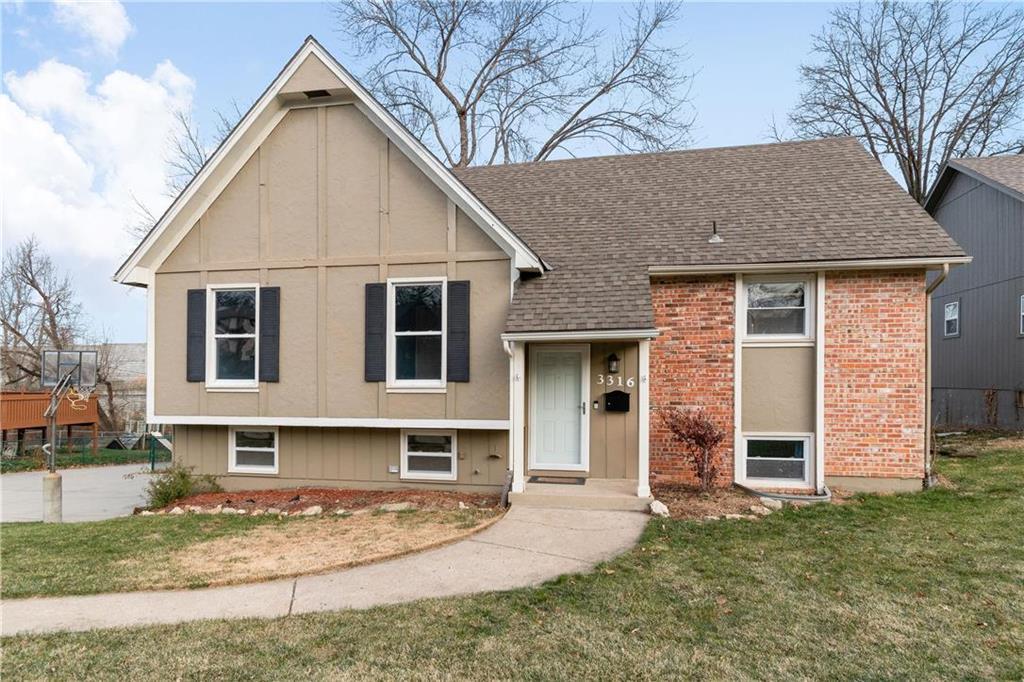 3316 E 104th Street Property Photo - Kansas City, MO real estate listing