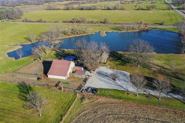 9804 E 227th Street Property Photo - Peculiar, MO real estate listing
