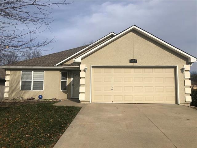 809 Riffle Drive Property Photo - Pleasant Hill, MO real estate listing