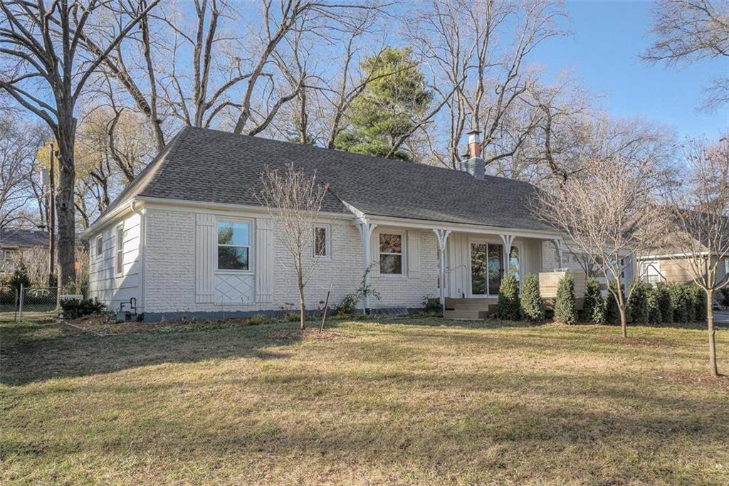 6334 Maple Drive Property Photo - Mission, KS real estate listing