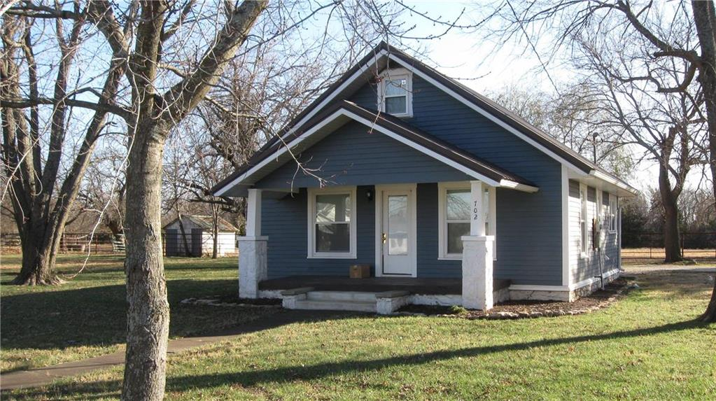 702 E Monroe Street Property Photo - Garnett, KS real estate listing