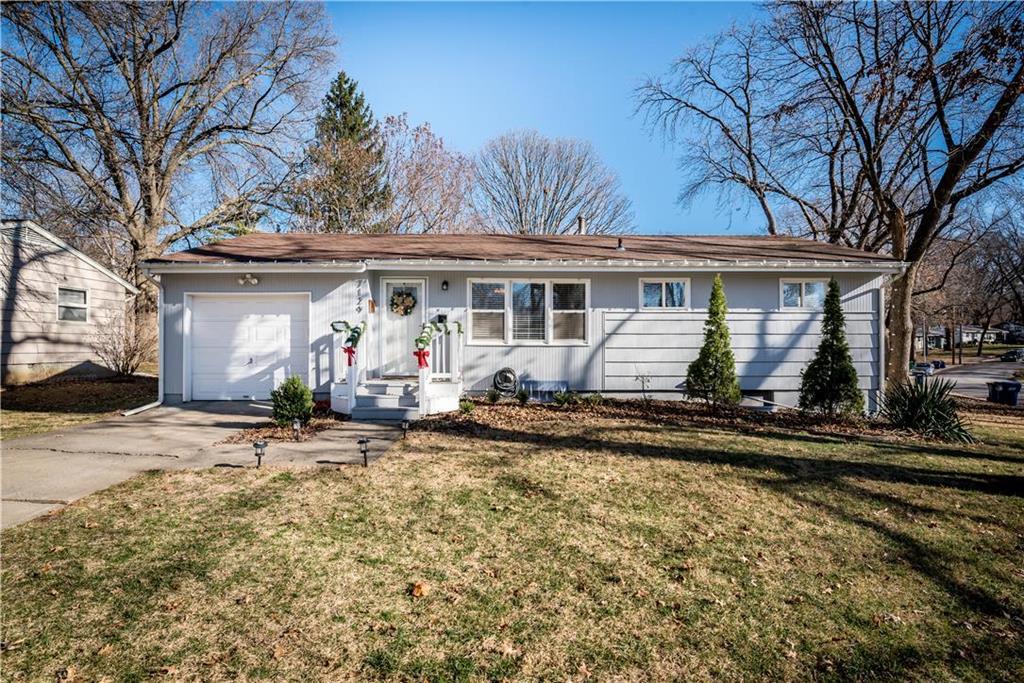 7129 Lowell Avenue Property Photo - Overland Park, KS real estate listing