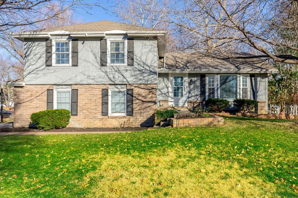 10029 Connell Drive Property Photo - Overland Park, KS real estate listing