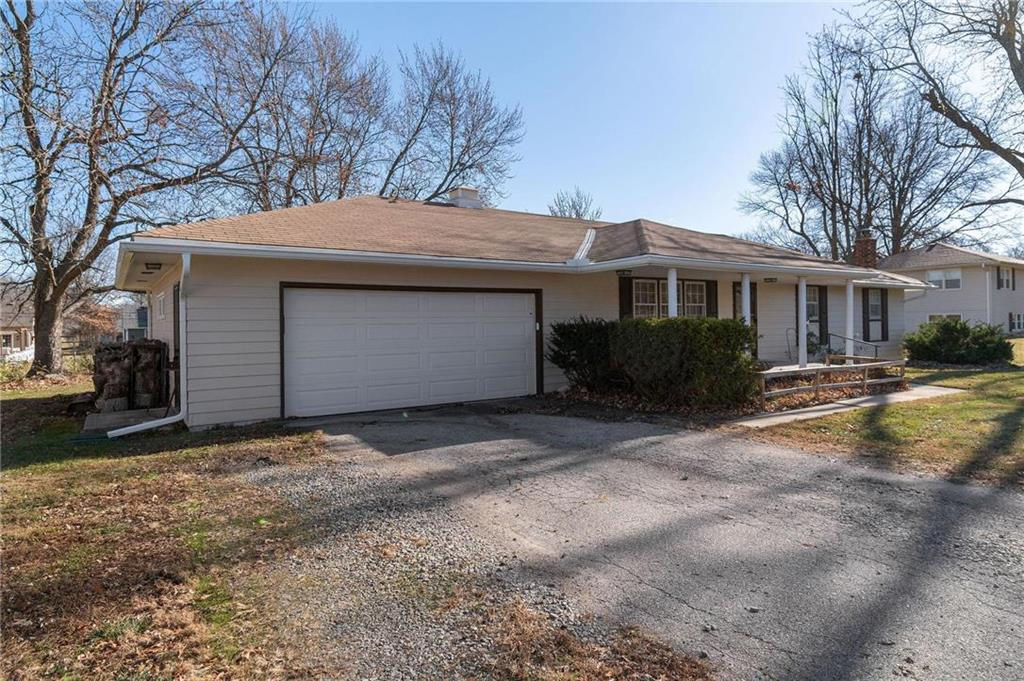 600 N West Street Property Photo - Cameron, MO real estate listing