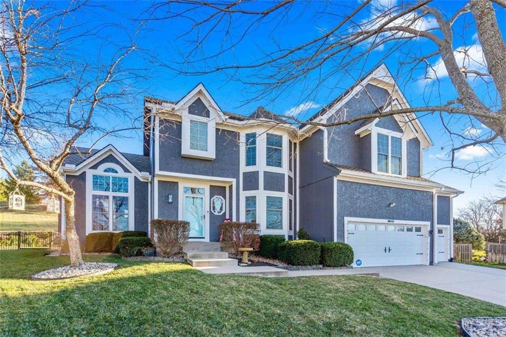 5241 Hallet Street Property Photo - Shawnee, KS real estate listing