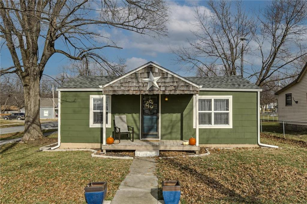 215 W 5th Street Property Photo - Wellsville, KS real estate listing